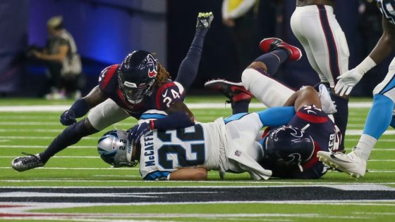 Christian McCaffrey has hamstring strain, Panthers don't yet know the severity